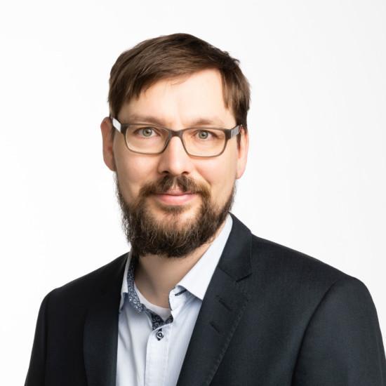 kauppakamari Pasi Ahtiainen viestintäsuunnittelija